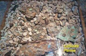 Parma museo archeologico Offerte votive in metallo