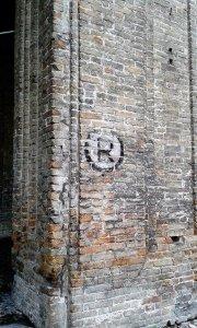seconda guerra mondiale a Parma indicazione rifugio antiaereo Pilotta