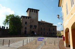 Fontanellato Parma castello e borgo