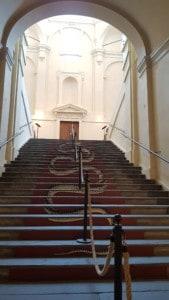 visita alla mostra Fornasetti in Pilotta Parma scalone imperiale